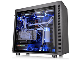 Thermaltake Suppressor F51 gamer ATX PC Skrinka, čierna
