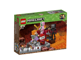 LEGO® Minecraft Lupta Nether 21139