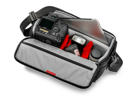 manfrotto-shoulder-bag-40-taska-fekete-mb-mp-sb-40bb_1fc2704f.jpg