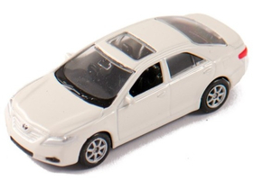 Welly Toyota Camry biely model auta, 1:60-64