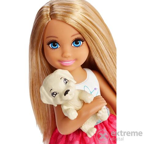 Barbie Dreamtopia Chelsea léghajóval